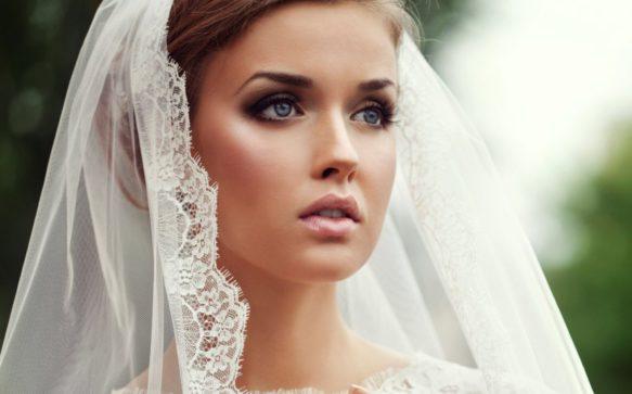 """Spose di Primavera: tendenze make up per il giorno del """"sì"""", a prova di lacrime e flash"""