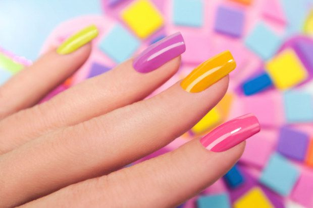 nails2015multicolor_beauty-in-the-city