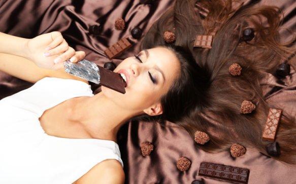 Chocolate Cake: la nuova sfumatura golosa da mettere in testa