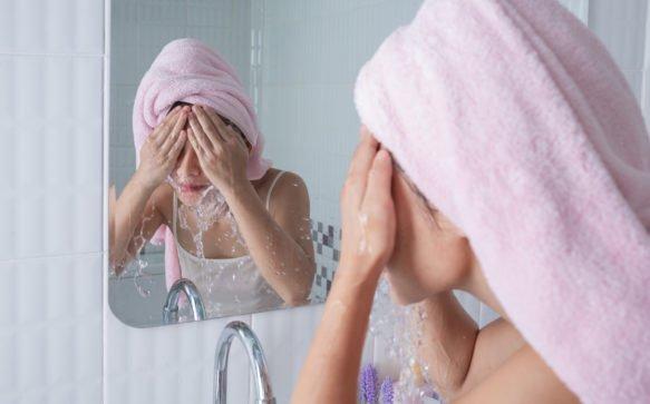 Scrub viso: il segreto per una pelle giovane e luminosa