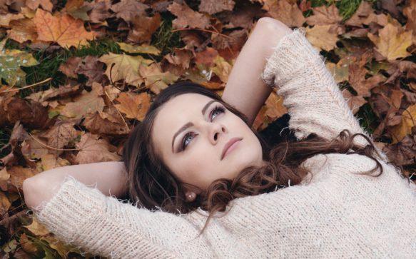 Colore capelli autunno: il Castano Chiaro è la svolta