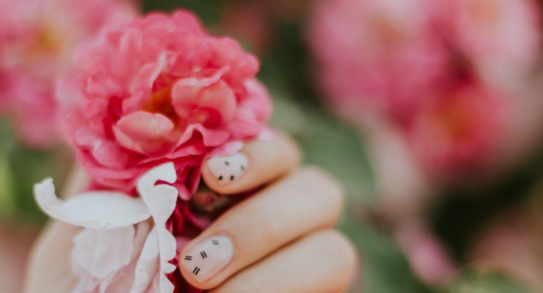Manicure: la tendenza è minimal