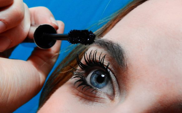 Mascara nero: un must-have del beauty case