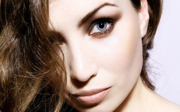 Ombretto marrone: una sfumatura per ogni colore di occhi