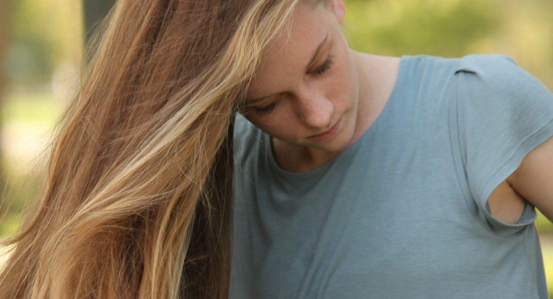 Capelli: le abitudini che li rovinano