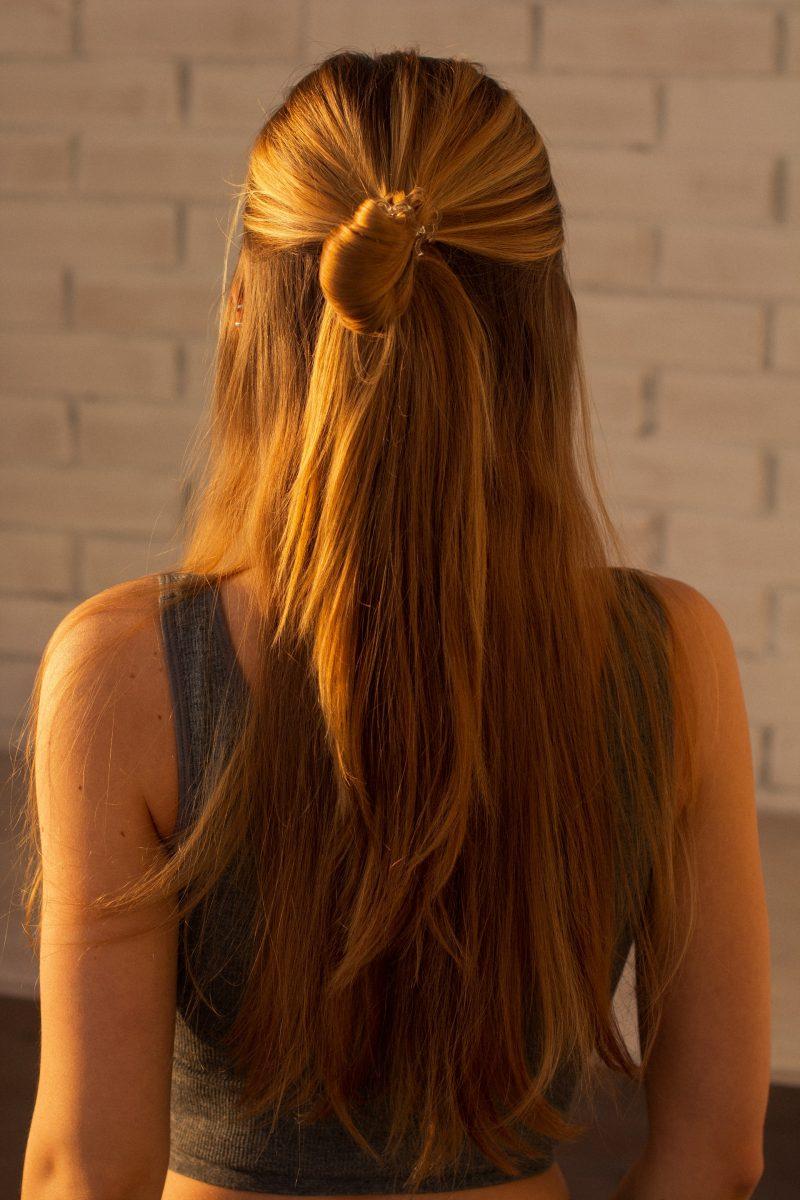 capelli lisci senza piastra