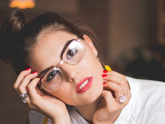 make up occhiali