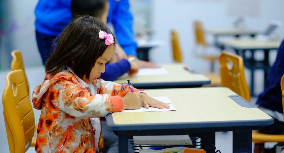 Back to school: le acconciature (facili) per le bimbe