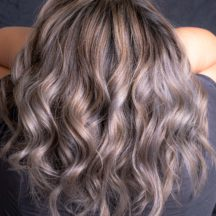 Mousy Hair: il tramonto del balayage?